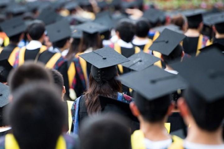 Trong quý 3 năm 2016, hơn 202.300 lao động có trình độ Đại học trở lên thất nghiệp, chiếm 18,1%. (Ảnh minh họa/Shutterstock)