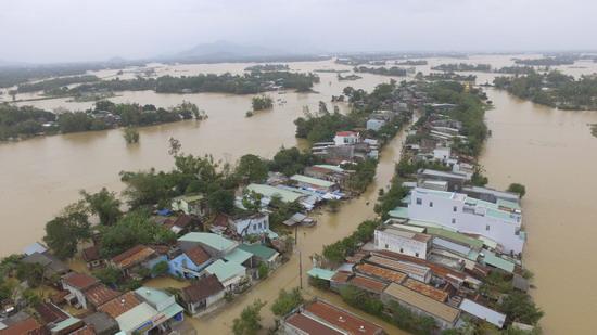 Bình Định chịu thiệt hại nặng nề trong đợt mưa lũ vừa qua. (Ảnh: baobinhdinh.com.vn)