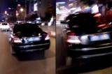 Tài xế chiếc xe công vụsau khi gây ra tai nạn đã tăng ga bỏ chạy và bị người dân truy đuổi trong đêm 10/12. (Ảnh cắt từ clip)