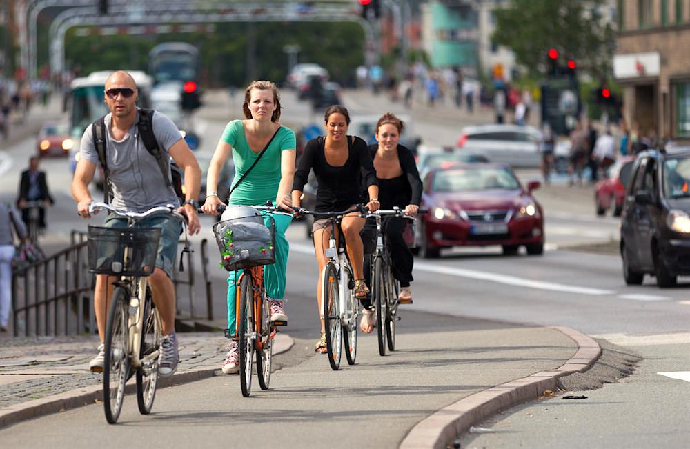 Copenhagen đã có lượng xe đạp hơn ô tô đến 13.100 chiếc ở trung tâm thành phố trong năm qua. (Ảnh: FLickr)