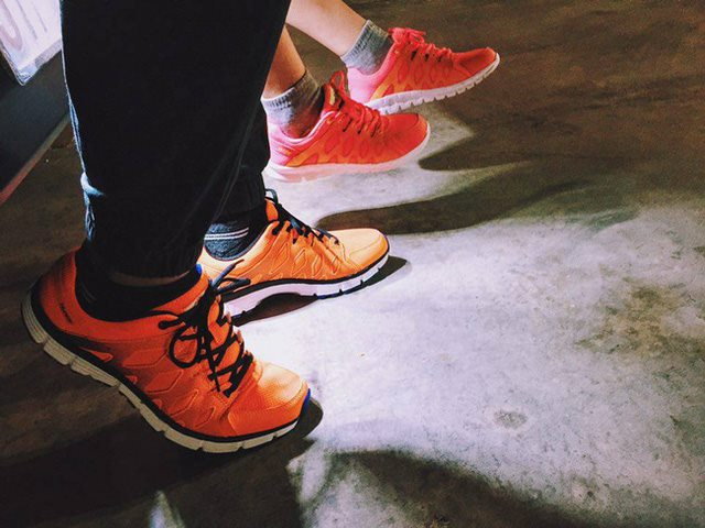 Những đôi giày Hunter đang được bạn trẻ SG chọn thay Nike, Adidas.
