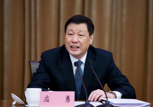 Ông Ứng Dũng, Phó Bí thư kiêm Phó Thị trưởng thường trực thành phố Thượng Hải.