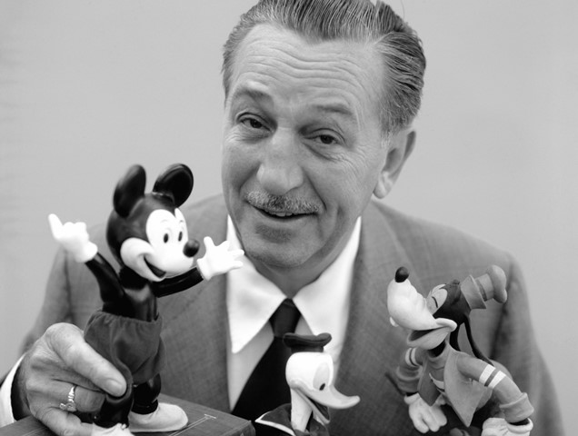 Walt Disney . (Ảnh qua SHunVMall Wallpapers)