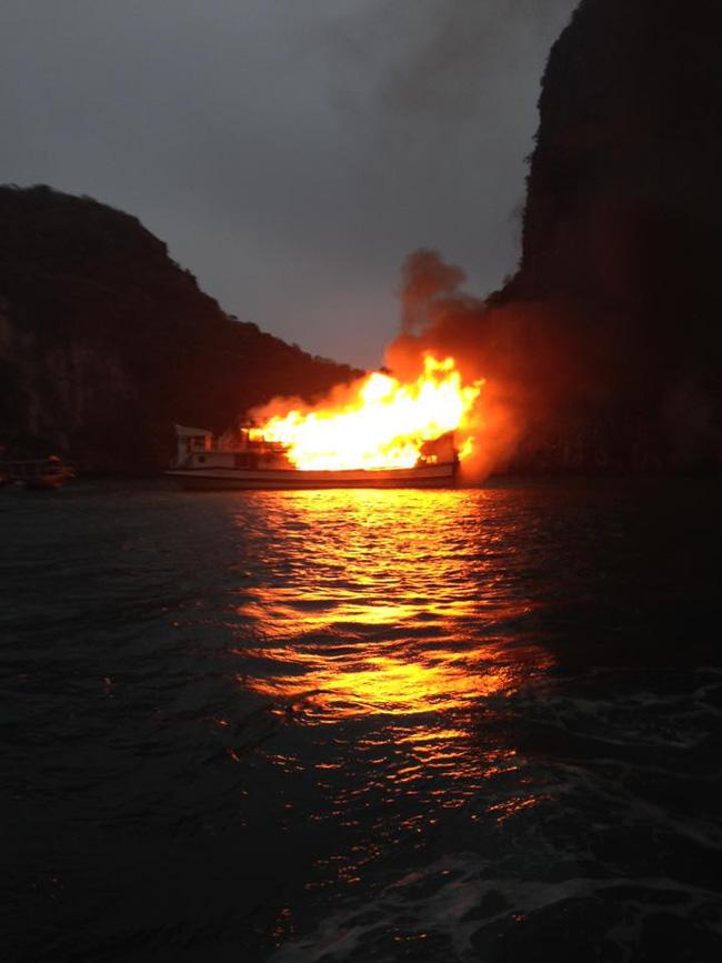 cháy tàu Hạ Long