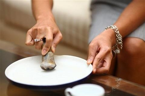 Trên thị trường có cung cấp các loại đĩa chuyền dùng cho mài sừng tê giác (Ảnh: Internet)