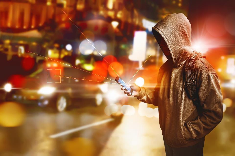 5 cách tội phạm dùng tín hiệu không dây để trộm cắp