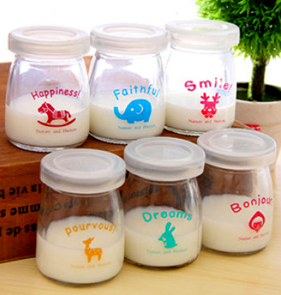 Những chiếc hũ thủy tinh đựng sữa chua xinh xắn được rất nhiều cửa hàng ở Việt Nam được rao bán trên mạng (ảnh: bestsale.com.vn)