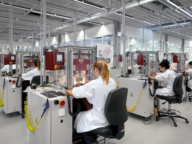 Trung tâm nghiên cứu và sản xuất đồng hồ Rolex ở Thụy Sĩ (Ảnh: luxury-insider.com)