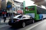 Buýt nhanh BRT: Thí điểm lắp dải phân cách cứng xong trước Tết Nguyên đán