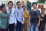 Bị giam oan 385 ngày, ba thanh niên đồng khởi kiện đòi nâng mức tiền bồi thường