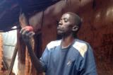 Châu Phi: Nông dân đổi đời nhờ phát hiện cách bảo quản cà chua độc đáo