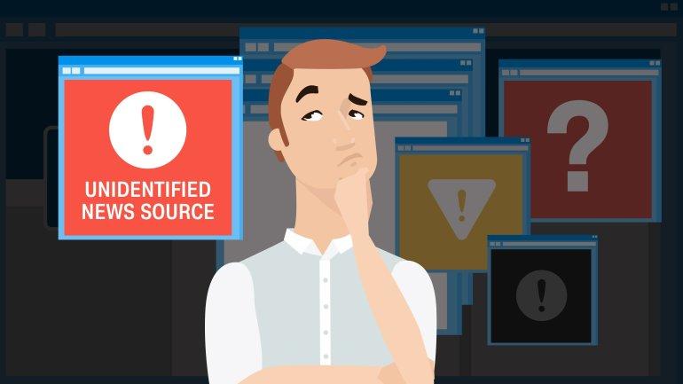 Hãy luôn nhớ kiểm chứng nguồn tin trên mạng xã hội (ảnh: shutterstock)