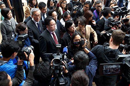 Ngày 22/2, cựu Đặc khu trưởng Hồng Kông Tăng Âm Quyền đã bị xử tù 20 tháng vì tội thất trách trong quá trình làm việc.
