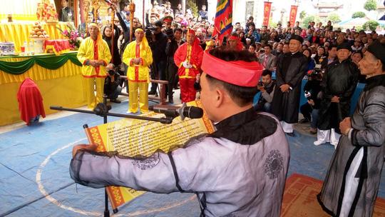 Hội Minh thề, mạn đàm lời thề của giới quan chức