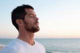 Để chăm sóc sức khỏe, hãy bắt đầu bằng hít thở đúng cách