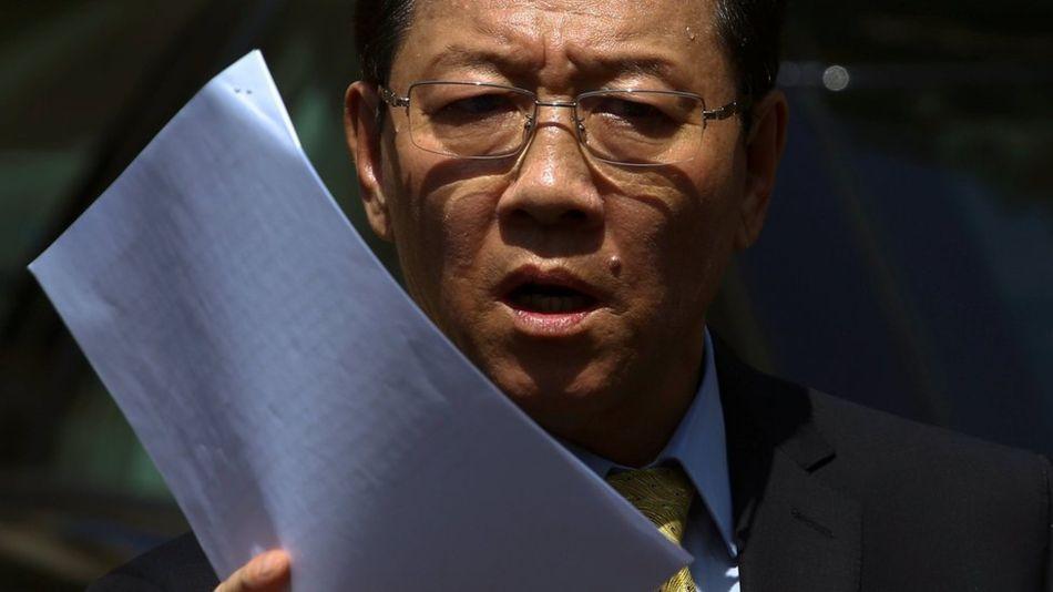 Đại sứ Bắc Hàn tại Malaysia, ông Kang Chol chỉ trích Malaysia thông đồng với những kẻ thù của Bắc Hàn trong cuộc điều tra vụ ám sát Kim Jong Nam