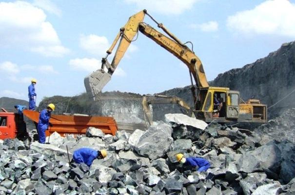 Lấy cắp kíp nổ ở 2 mỏ đá Quang Trị