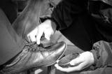 Cậu bé đánh giày