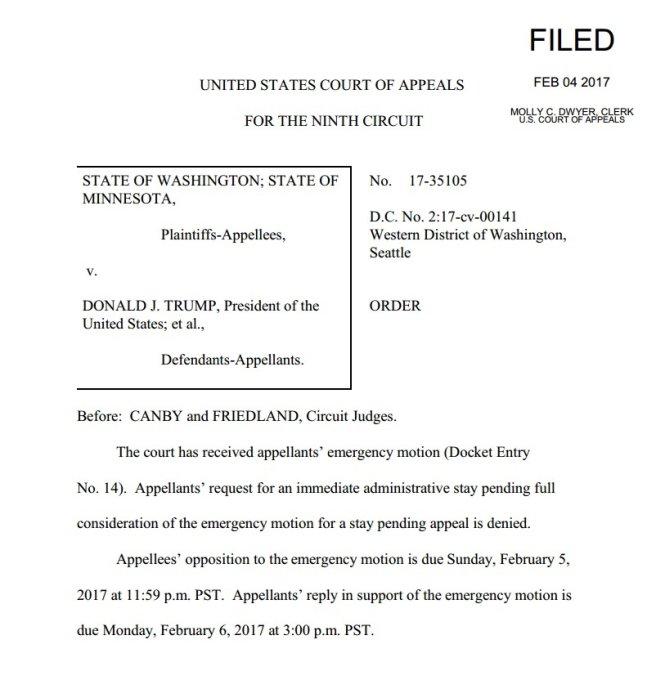 Thông báo của Tòa phúc thẩm liên bang khu vực 9 về việc bác yêu cầu khôi phục ngay lập tức sắc lệnh cấm nhập cảnh của ông Trump trên toàn nước Mỹ - (Ảnh: chụp màn hình)