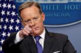 Sean Spicer: Nhà Trắng không cấm báo chí