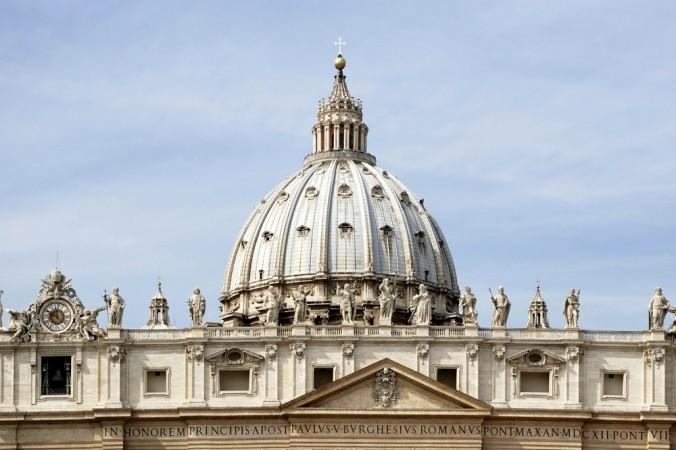 Mái vòm Vương Cung Thánh Đường St. Peter ở thành phố Vatican, Rome vào ngày 22/9/2011. (Ảnh: Peter Probst/Shutterstock)