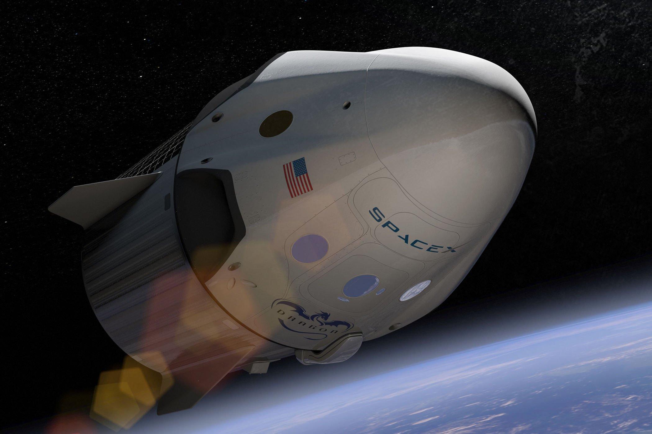 spacex-falcon-dragon-crew-capsule-art