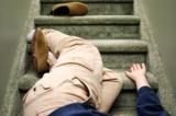 7 điều cần biết để phòng chống té ngã cho người lớn tuổi