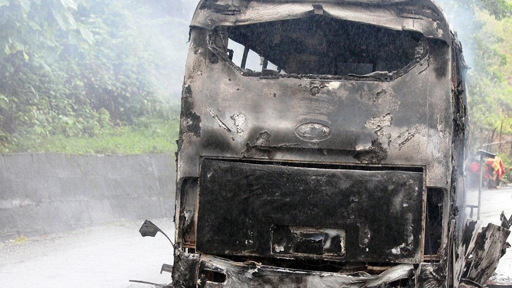 cháy xe khách