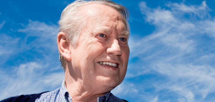 Chuck Feeney, James Bond