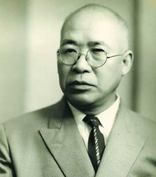 """Takizo Iwasaki Câu chuyện về Takizo Iwasaki là người đàn ông Nhật cả đời làm """"hàng giả"""""""