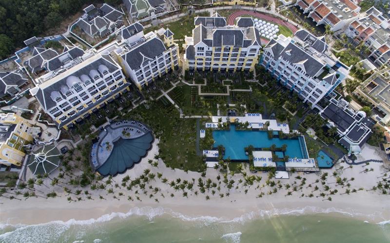 Khu nghỉ dưỡng JW Marriott Phu Quoc Emerald Bay Resort & Spa 5 sao đã được khánh thành tại đảo Phú Quốc. (Ảnh: gotrip.vn)