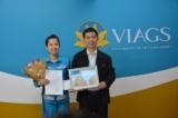 Nữ nhân viên sân bay Nội Bài trả lại hơn 400 triệu đồng cho hành khách