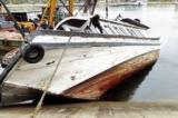 Thêm tàu du lịch bị chìm tại cảng quốc tế Tuần Châu