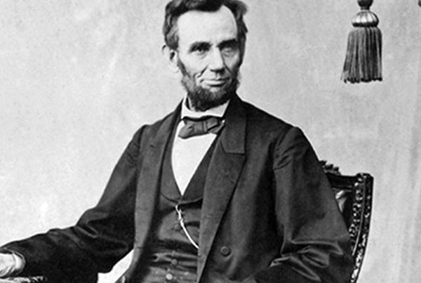 (Hình tổng thống Mỹ Abraham Lincoln)