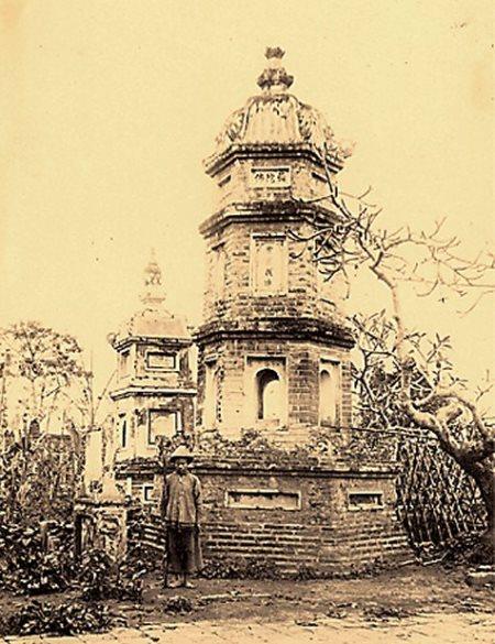 Tháp Báo Thiên (Ảnh qua Wikipedia)
