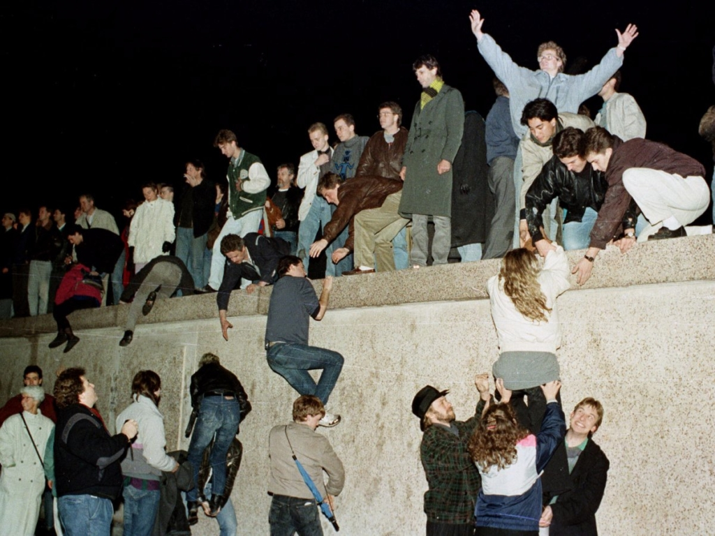 berlin wall sup do
