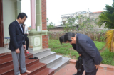 Đại sứ Nhật Bản cúi đầu xin lỗi gia đình cháu bé bị sát hại