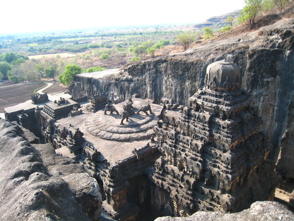 (ảnh: o-culturesandtales.blogspot.com)