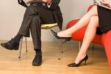 5 tác hại của việc ngồi vắt chéo chân