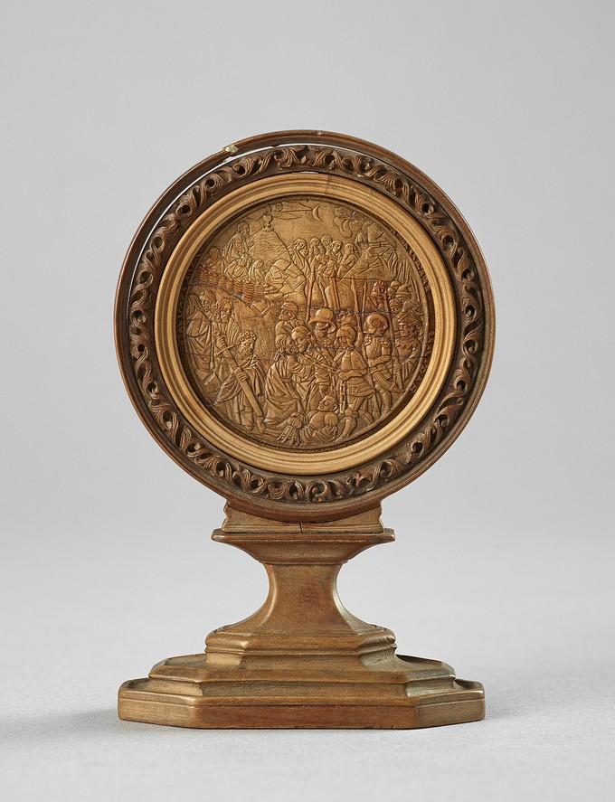 Huy chương: Cảnh kẻ phản bội và Chúa Jesus. (Ảnh: Craig Boyko/Ian Lefebvre)