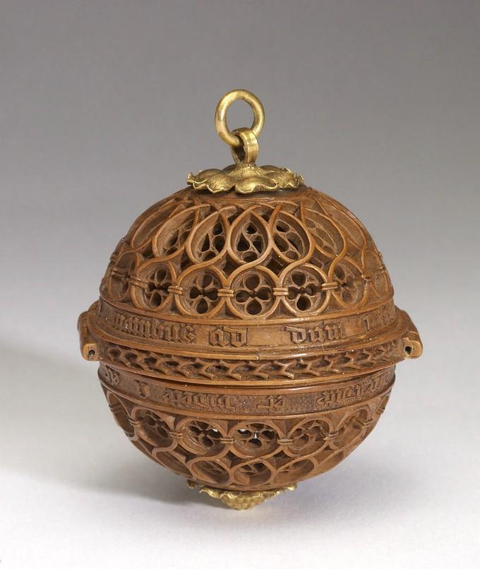 Một hạt trong chuỗi hạt cầu nguyện. (Ảnh: The Walters Art Museum, Baltimore)