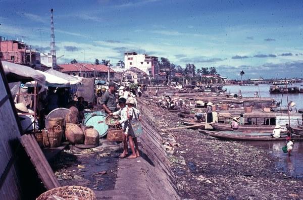 Cần THơ: Mênh mông đô thị miền sông nước