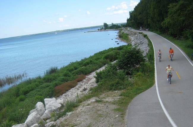 Cao tốc không có ô tô ở Mackinac