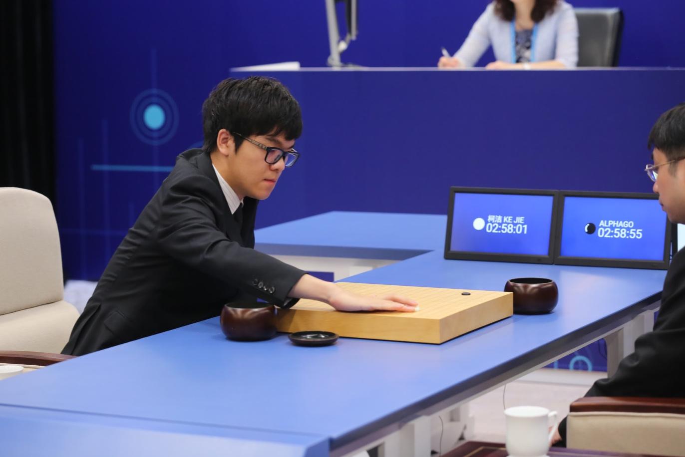 Sau khi đánh bại các nhà vô địch cờ vây, AlphaGo của Google sẽ 'nghỉ hưu'