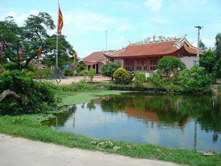 Làng Nam Trì
