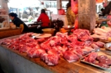 mua thịt lon