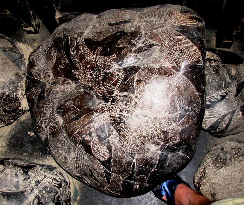 Hòn đá Ica mô tả một ca ghép tim (Ảnh: Brattarb)