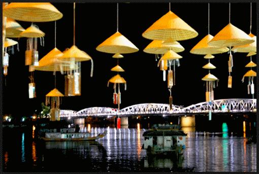 Nghề cổ đất Việt – Kỳ 7: Nón Tây Hồ – Chiếc nón bài thơ