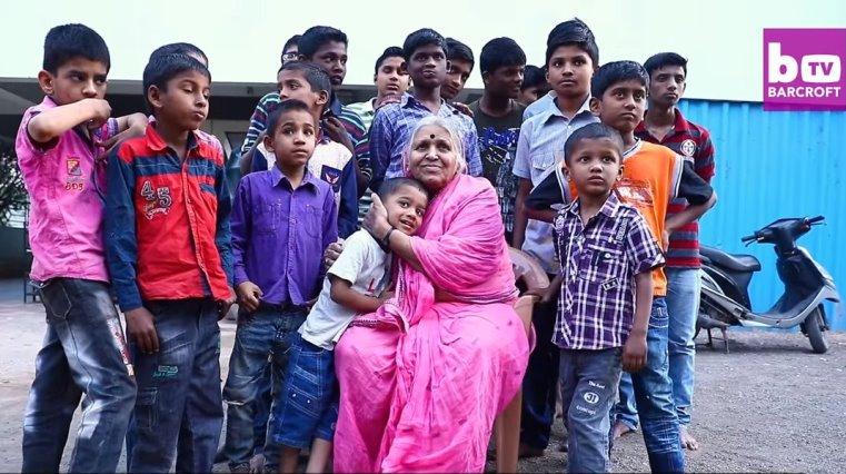 Người mẹ Ấn Độ