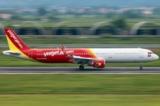 Cấm bay 1 năm với nữ hành khách gây mất trật tự trên máy bay